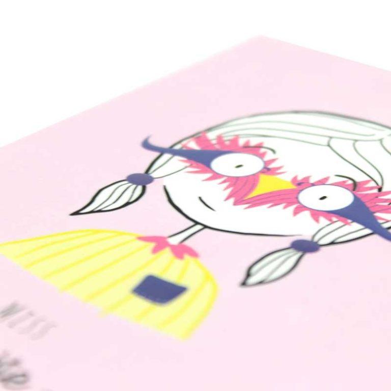 """Carte postale """"Petits Caractères"""" Discrète"""