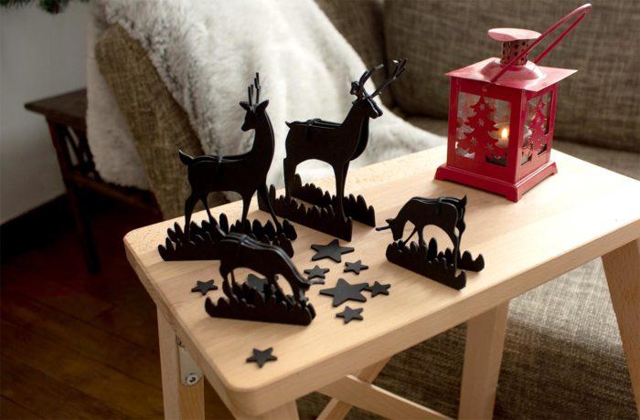 Famille de cerf en carton noir 3