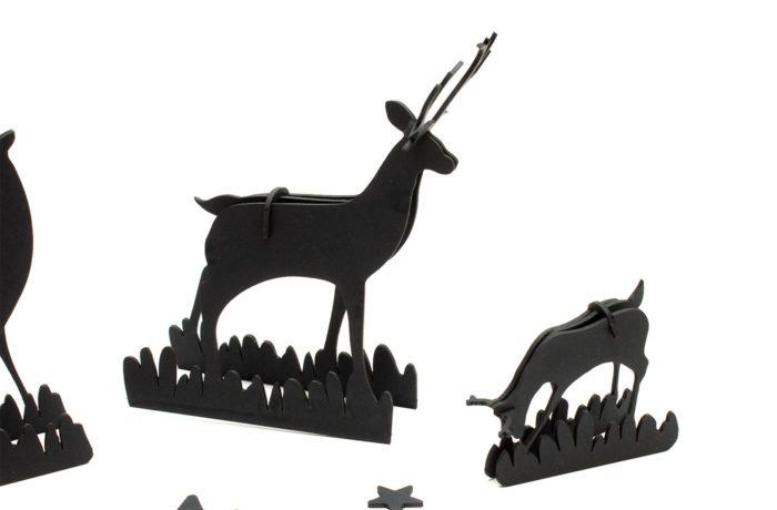 Famille de cerf en carton noir 4