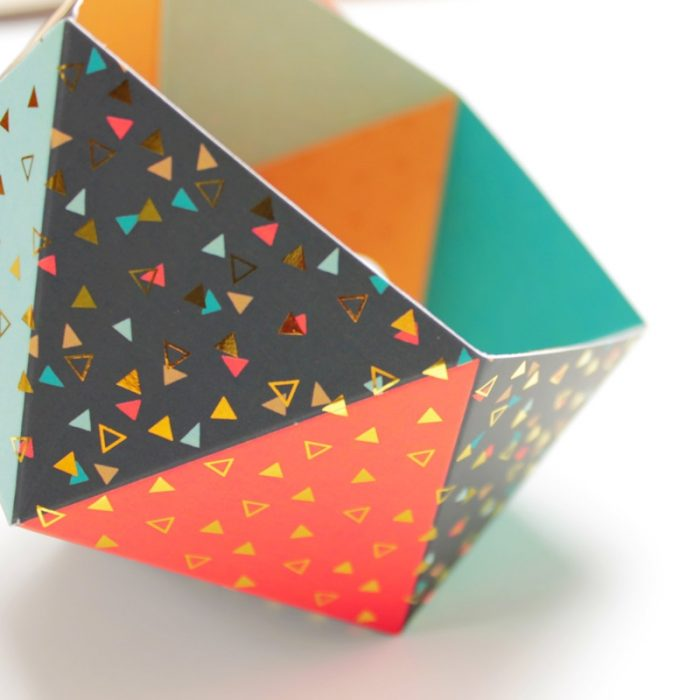 Photophore triangles