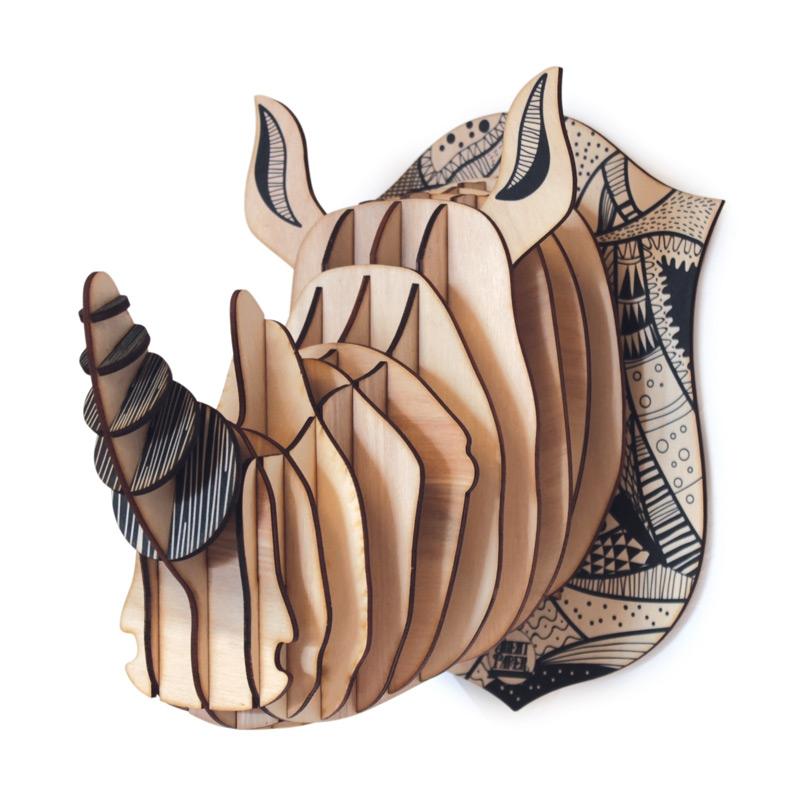 tete de rhinoceros en bois