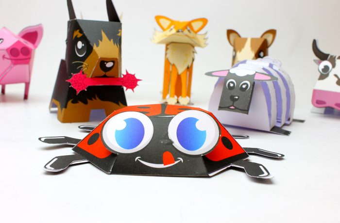 paper toy coccinelle
