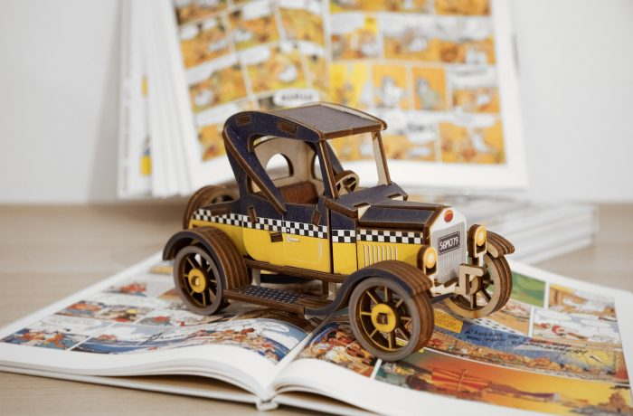 Voiture Ford T en bois
